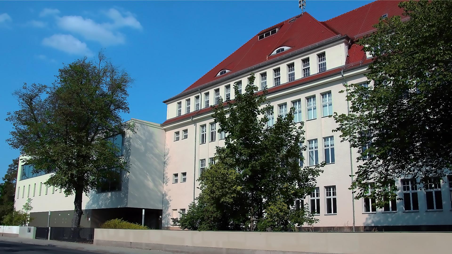 Titelbild Schule